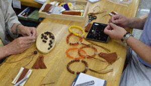 数珠の修理の講習会